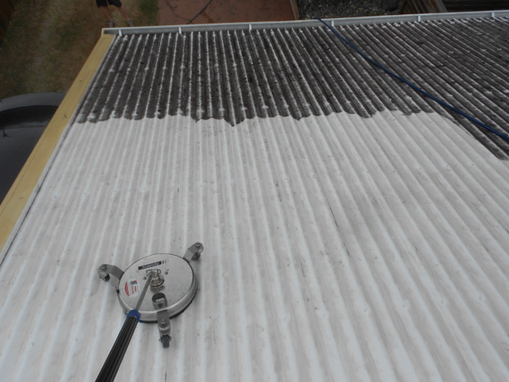 pressure cleaning for roof