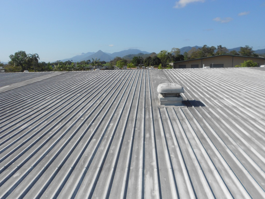 Roof pressure cleaning cleaning cairns