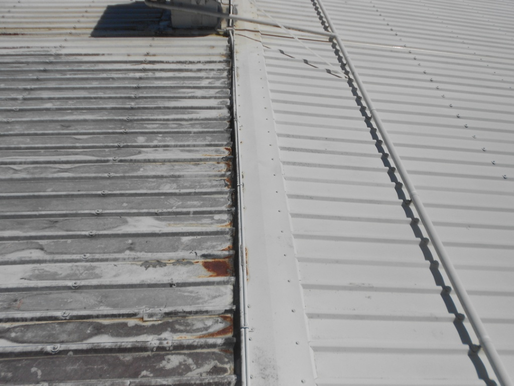 industrial roof cleaning cairns