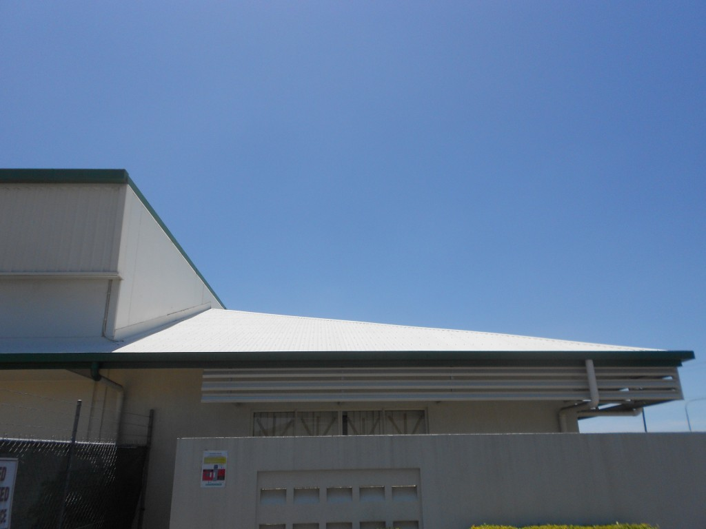 pressure cleaning service FNQ