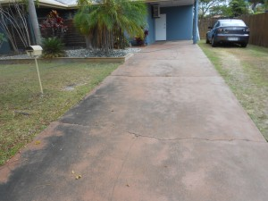 concrete driveway cleaning cairns