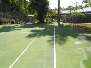 tennis grounds cleaning