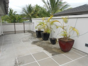 Balcony tiling pressure cleaning cairns